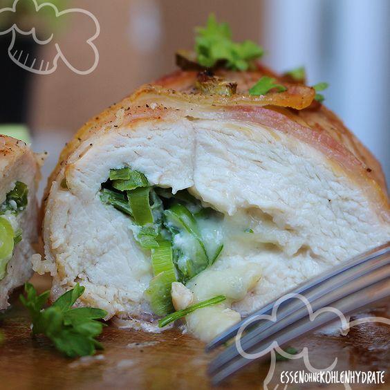 Low Carb Rezept für gefüllte Hähnchenbrust im Speckmantel. Wenig Kohlenhydrate…