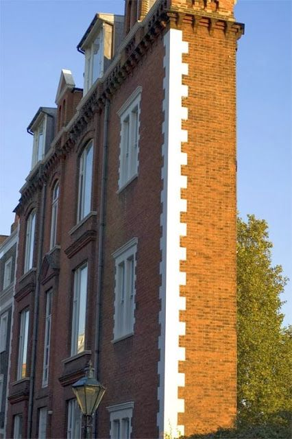The Thin House, London - This unusual building can be found on the south terrace of Thurloe Square in South Kensington.
