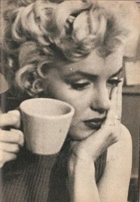 Our icon #MarilynMonroe.  Coffee and the filming begins!