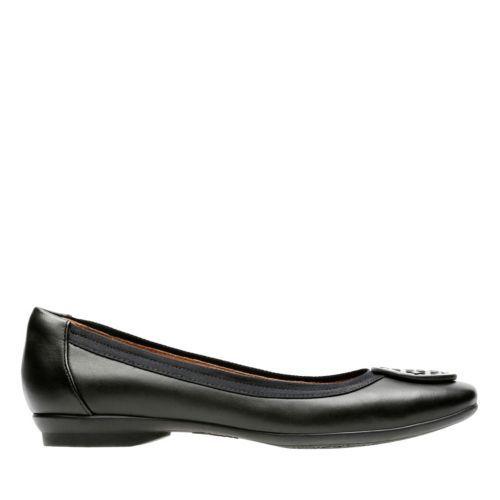 Crazy shoes, Shoe style, Womens dress flats