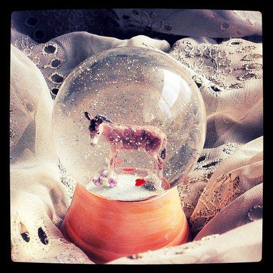 Snow globe. a work by chiron95p   http://www.flickr.com/photos/chiron95p/6233713472/in/set-72157627868008990