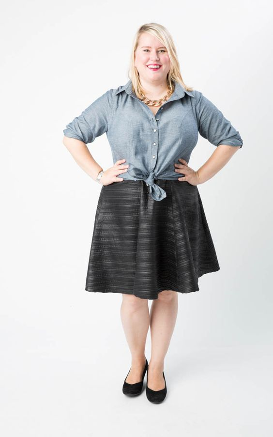Cashmerette Harrison Shirt - the first shirt sewing pattern that won't gape or tent over curves! It's been designed with double princess seams, and tons of tailoring elements, and it comes in sizes 12 - 28, and cup sizes C - H. The shirt of your dreams is here!