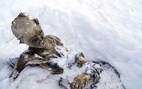 Mexico, Pico de Orizaba, frozen climber.