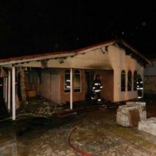 Cadeirante de 72 anos morre carbonizado após sua residencia pegar fogo