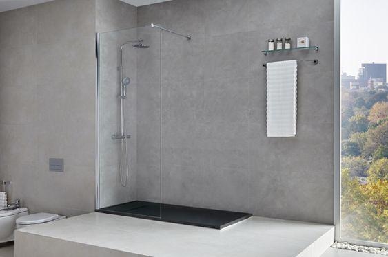 Mampara totalmente transparente que envuelve tu espacio de ducha de elegancia, luminosidad y efecto de amplitud gracias a su cobertura de cristal total. Ligereza a través de líneas minimalistas donde delicadeza y diseño se encuentran para ofrecer elegancia en tu baño.