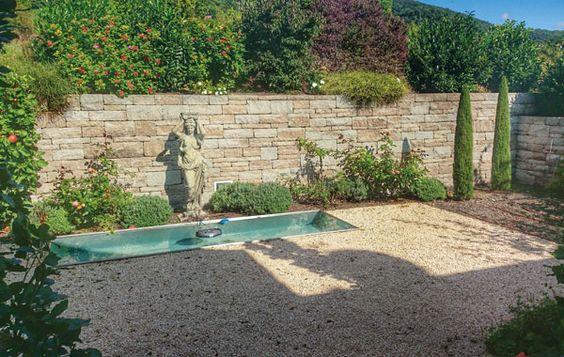 Bildergebnis für steinmauer garten sichtschutz Garten