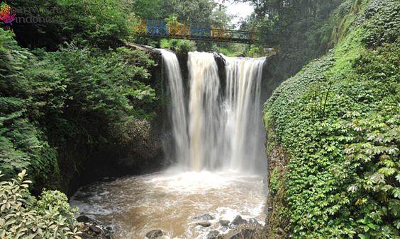 Air Terjun Maribaya - Kunjungi 5 Tempat Wisata di Lembang Bandung Ini