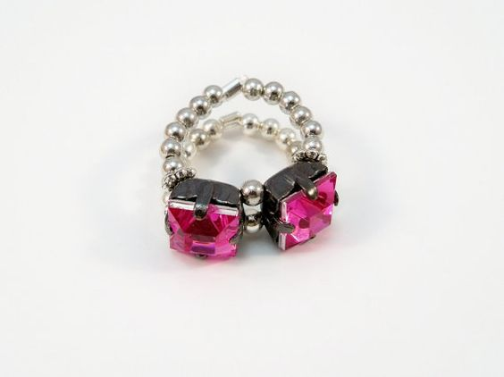 Cocktail Ring Pink Rhinestone Ring Stretch Ring by babbleon, $5.00