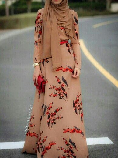Beautifully patterned dress from AnnaHariri