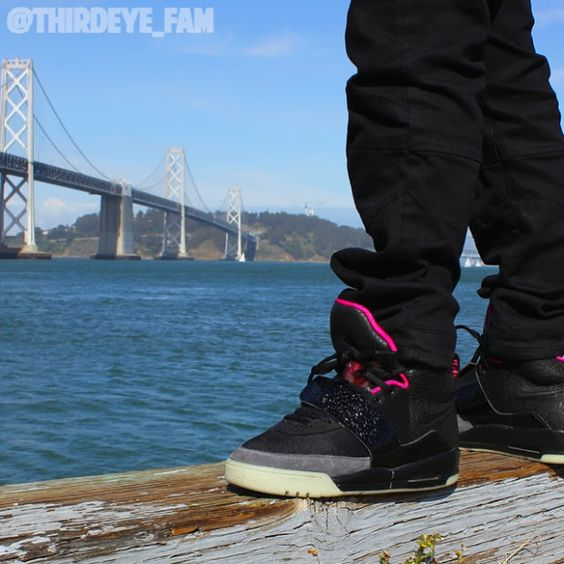 Air Yeezy Blink