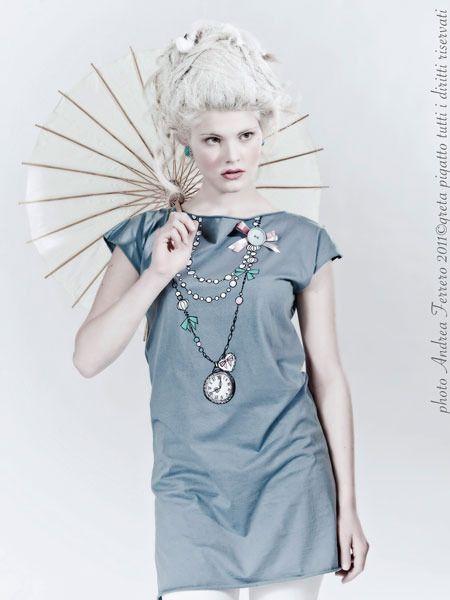 Abito cucito e dipinto a mano Dorothy di Greta Pigatto couture su DaWanda.com