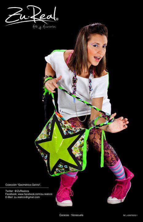 Neon Star Bag - Delirio Estelar  #Fashion #Bag #Neon