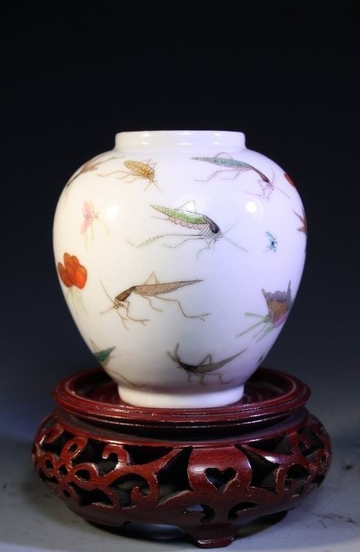 Fine Chinese Enameled Porcelain Jar   eBay