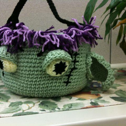 Ghoulishly Good Fun   crochet today