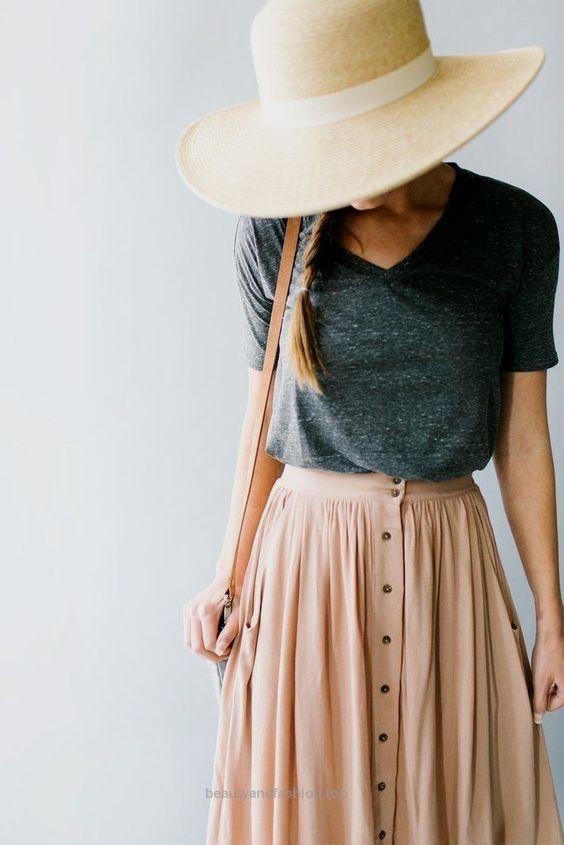 skirt with gray tshirt