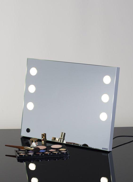 MDE TABLE PORTABLE VANITY MIRROR Makeup Vanity Mirrors Cantoni for makeup  artist  Portable vanity mirror. Portable Vanity Table