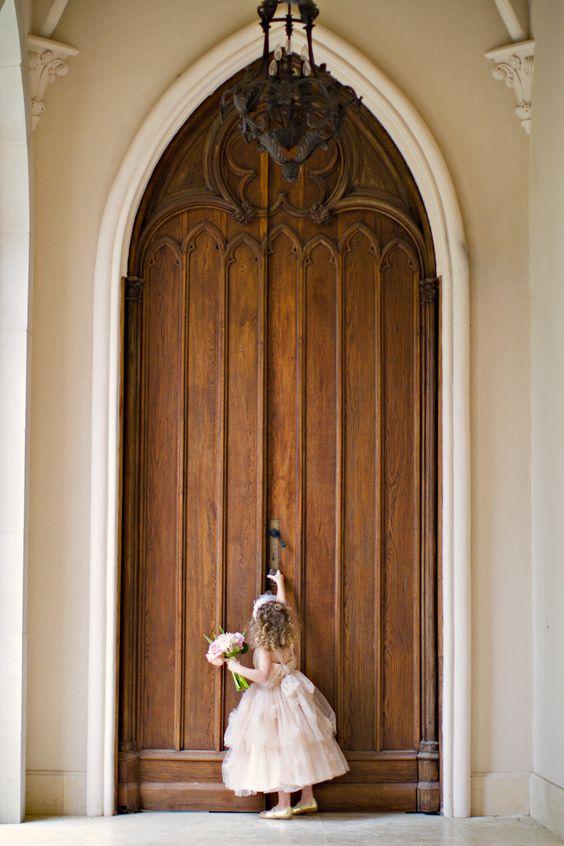 big door, itty bitty flower girl