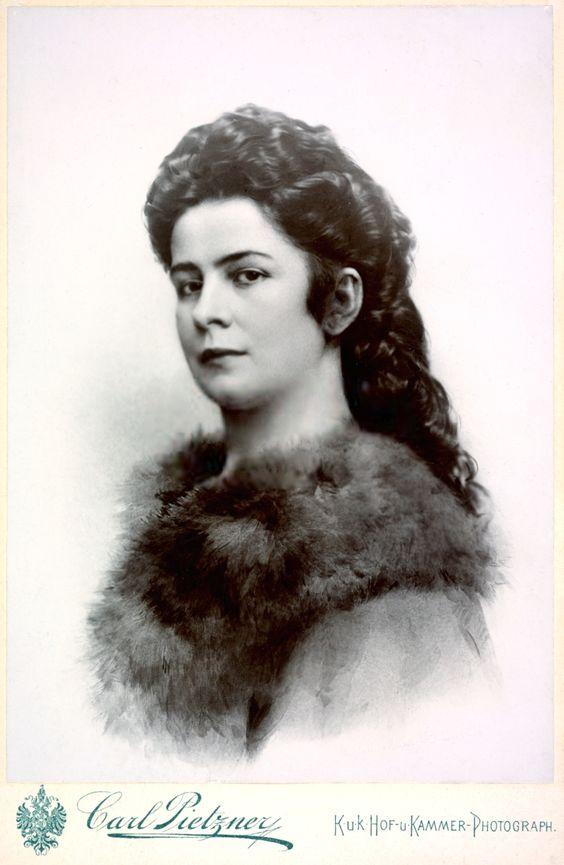 """Elisabeth Amalie Eugenie """"Sissi"""" (1837-assassinated 1898), wife of Emperor Franz Joseph I Austria, Kaiserin von Österreich"""