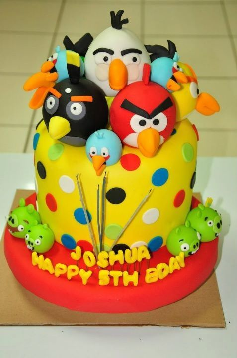 Angry Birds Cake - my boys would love this!