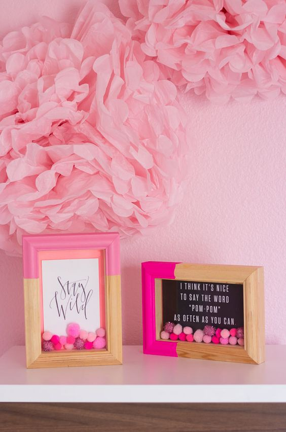 #12monthsofmartha blogger Design Improvised embellished her picture frames with #marthastewartcrafts paints and paper pom poms!