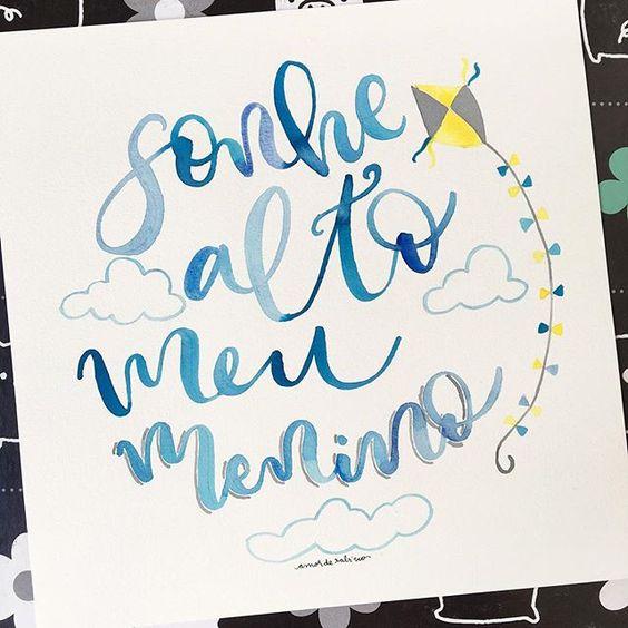 Sonhe alto meu menino! Esse quadrinho foi pra um baby fofo! #sonhe #sonhealto #sonhealtomeumenino #menino #maedemenino #boy #blue #azul #aquarela #watercolor #quadrinho #amorderabisco #quadrosdecorativos #quadrospersonalizados #art