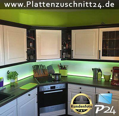 Küchenrückwand aus PLEXIGLAS® Satiniert | Küchenspiegel ...