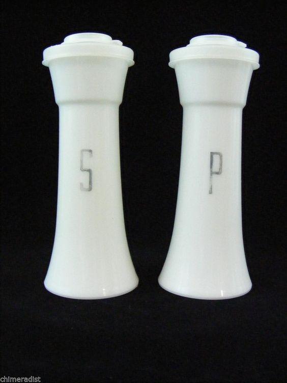 Vintage tupperware hourglass white salt pepper shakers for Vintage tupperware salt and pepper shakers