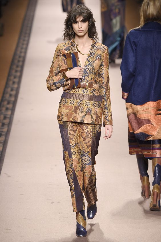 Paisley , brocade, patchwork and jacquard - all patched up in a bohemian rhapsody at@EtroOfficial#MFW #AW15