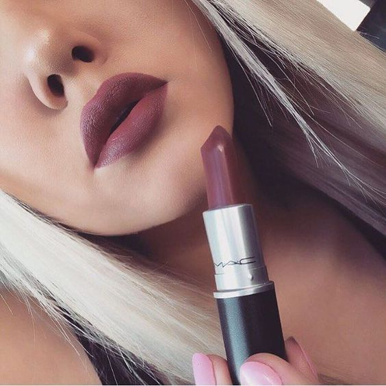 Mac makeup has the best matte lipstick!