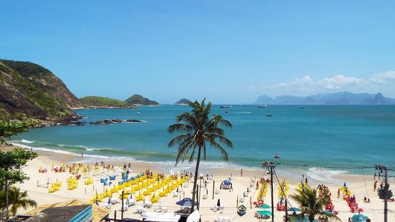 Litoral fluminense ~ Praias de Niteroi ~ Rio de Janeiro #Brazil #beaches #photo #art
