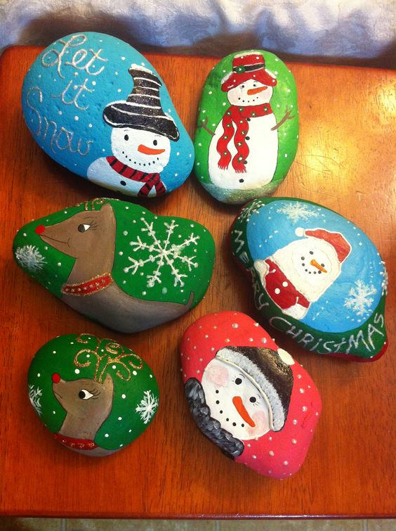 Painted rocks for Christmas: