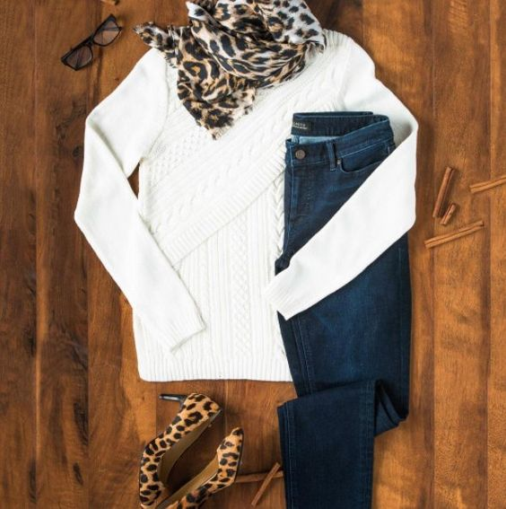 This is what we call, starting the week in style. What are your go-to statement pieces for Fall? #Talbots #clt #specialtyshopssouthpark