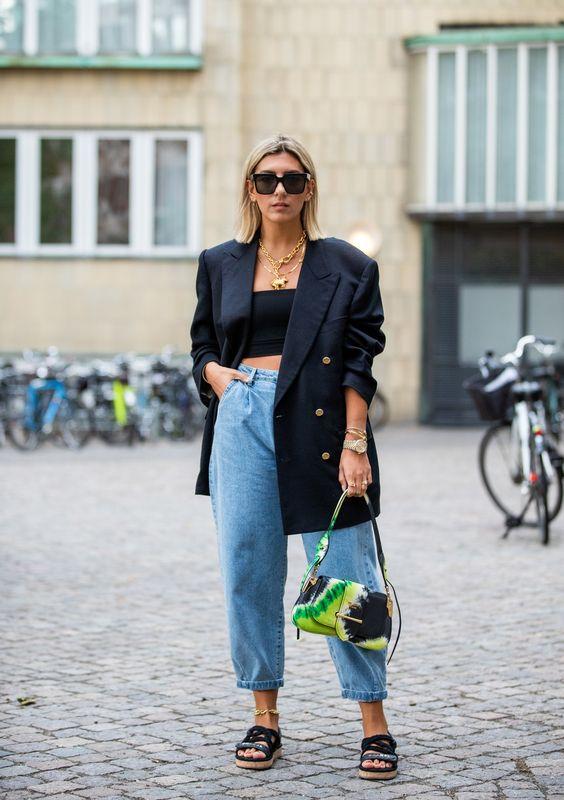 Jeans Trend: Statt Skinny tragen wir im Herbst Slouchy Jeans