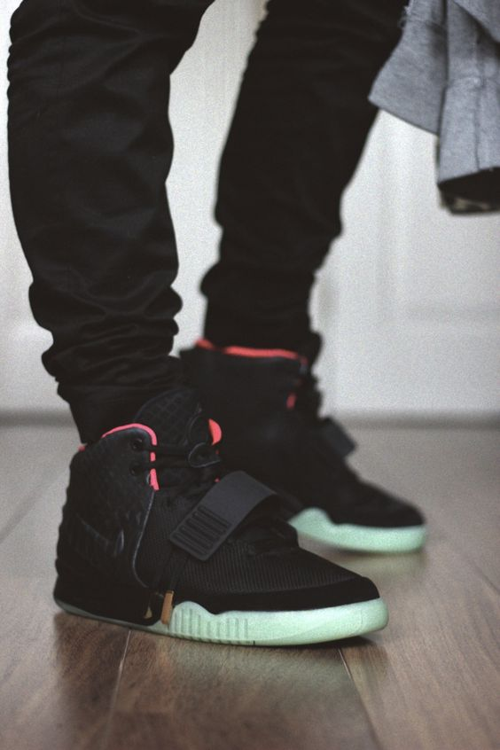 Air Yeezy Black Red shoes