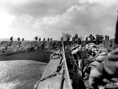 Landing at Iwo Jima, 1945