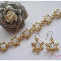 Golden Snowflake Bracelet & Earring  - via @Craftsy