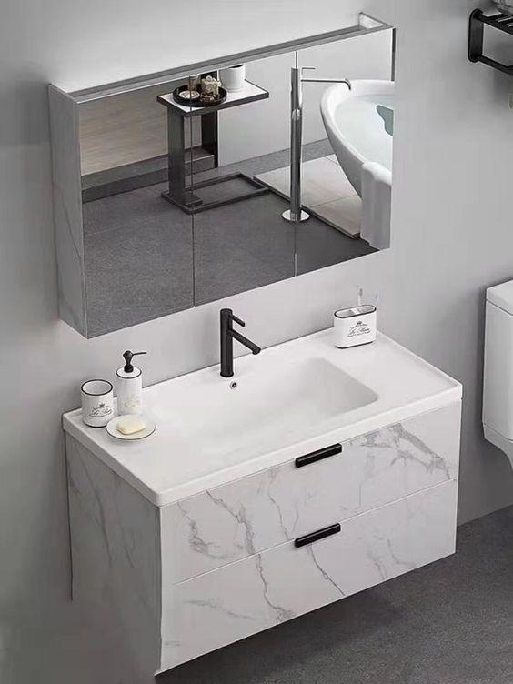 Amazing Modern Small Bathroom