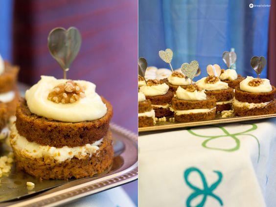 Carrot Cake Mini Törtchen mit Mascarponeschokoladentopping - ein leckeres, einfaches Rezept für schöne Sweet Table mini Törtchen
