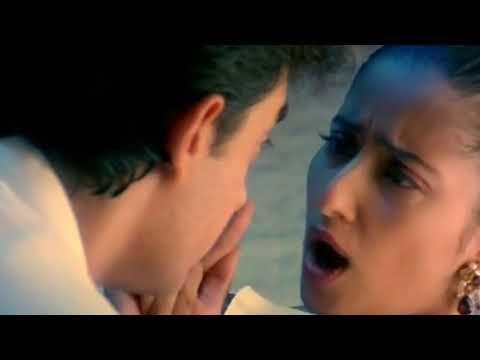 Mann Movie Scene Aaj Shyam Ko Mere Kamre Me Ya Apke Kamre Me Youtube Movie Scenes Mann Movie Movies