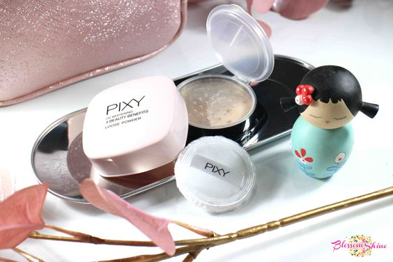 PIXY UV Whitening Loose Powder