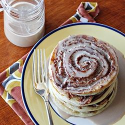 Cinnamon Roll Pancakes - made these this morning...used splenda brown sugar for dad and regular for everyone else...amazing!!
