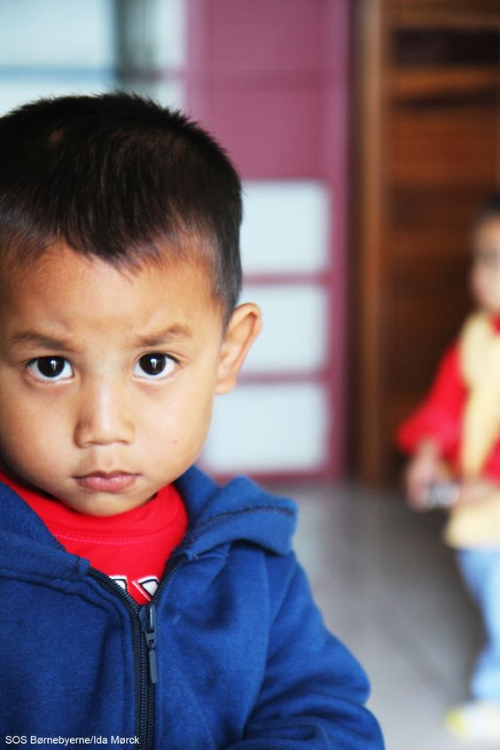 In #Xiengkhouang #Laos, many children suffer from #malnutrition. This boy is one of them. SOS Children's Villages help the most vulnerable of these children regain their health at the malnutrition program in Xiengkhouang.