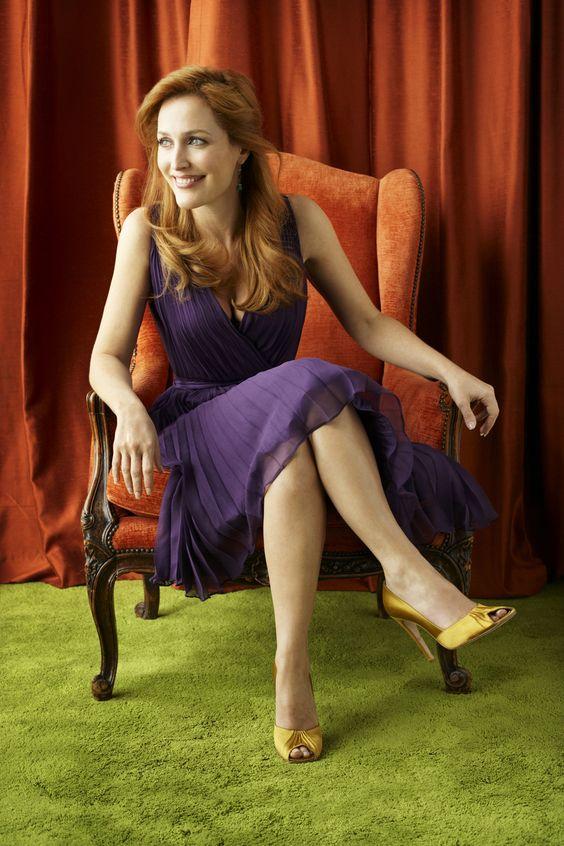 Gillian Anderson - Full Size