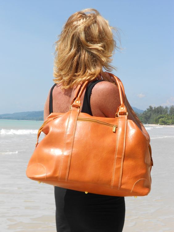 MORE NICE BAGS,VISIT OUR WEBSITE:    www.diodonna.nl
