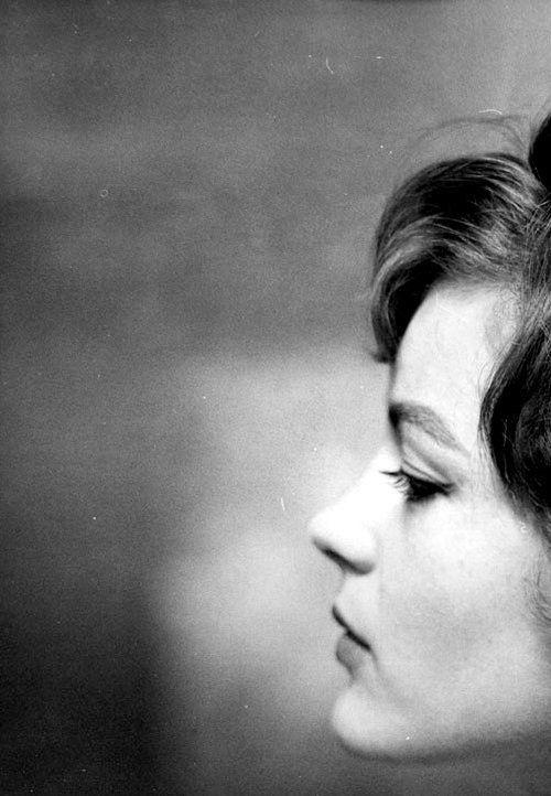 Romy Schneider, 1961 Fonte: madelineashton
