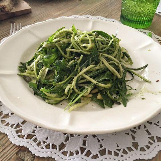 receta_calabacin_espaguetis_rucula