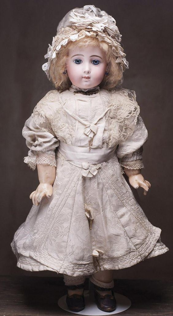 22 56 Cm Very Beautiful Antique French Bisque Bebe Doll