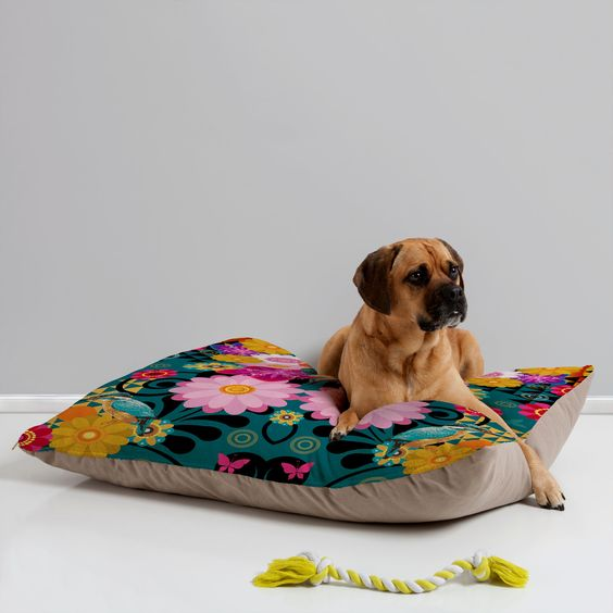 Juliana Curi Krabi Bird Pet Bed