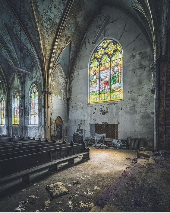 "earth nature explore (@abandoned.earth) on Instagram: ""Abandoned Church  Photography by @_soliveyourlife_"""