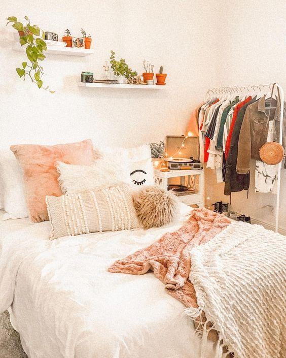 cute bedroom ideas; cozy bedroom ideas; pink bedroom designs; bedroom for girls. #bedroomideas #bedroomdecors